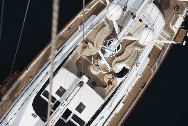 PANTHALASSA.  Weekly charter rate from $200,000